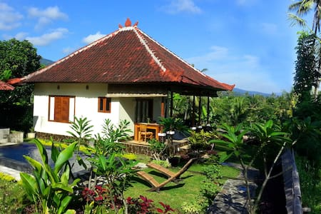 Balinese House with Private Pool in Secret Garden - Sukasada