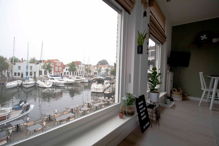 Appartement met fantastisch uitzicht over de haven