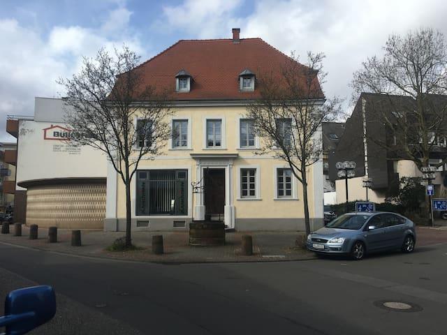 Bell Etage 110qm im Denkmal - Kaiserslautern - Leilighet