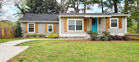 the little bungalow>>> Near Downtown & Airport