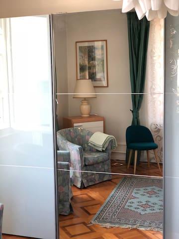 grande armoire chambre à coucher