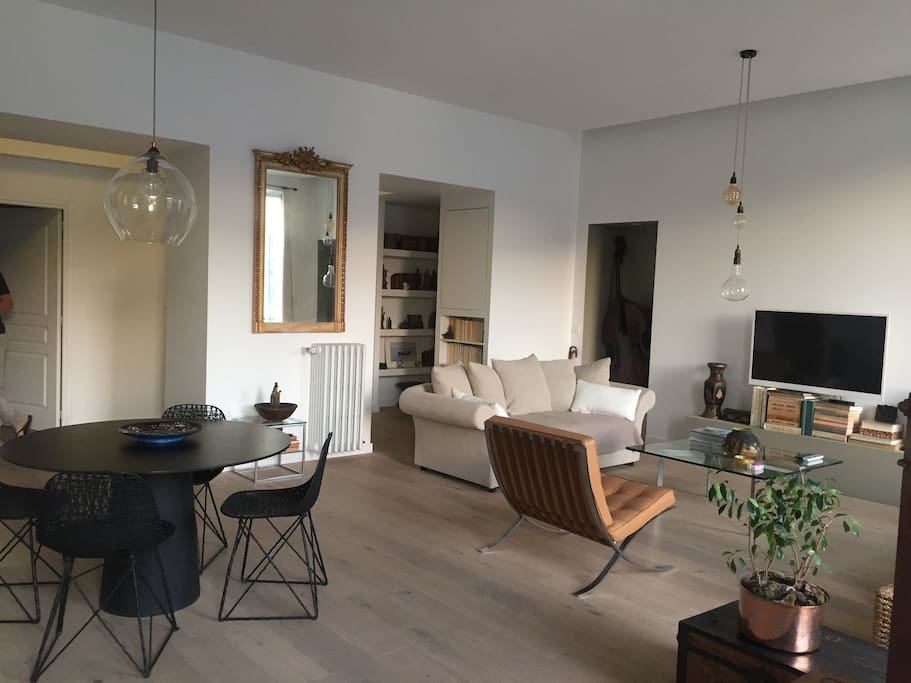 Salon/Living Room (TV)