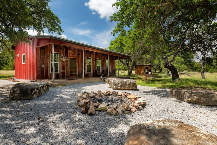 Private 36 Acres with Naturalist Cabin