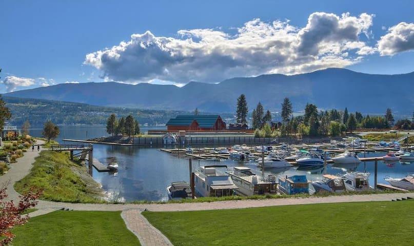 Bayside - Marina & Lake Living