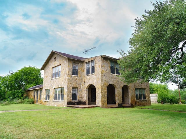 20 Acre Ranch House with Pond & Pavilion