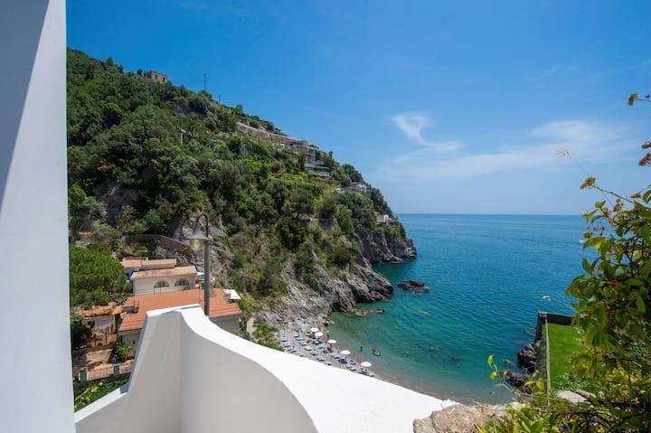 Casa di Mare 4, exclusive property on the beach