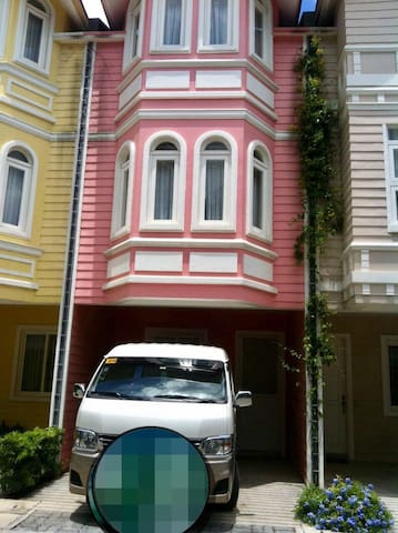 House For Rent In PonteFino Hotel and Residences