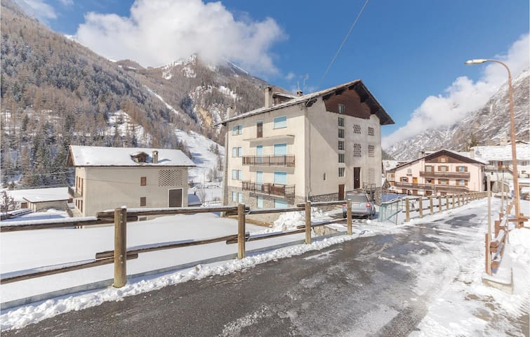 Holiday apartment with 3 bedrooms on 90m² in Cogne AO