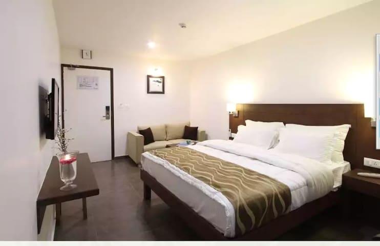 Hotel Casa at Fatehgunj Vadodara