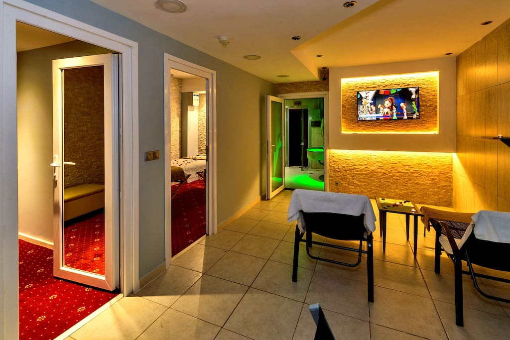 Masaj ve Dİnlenme Alanı (Massage Rooms)