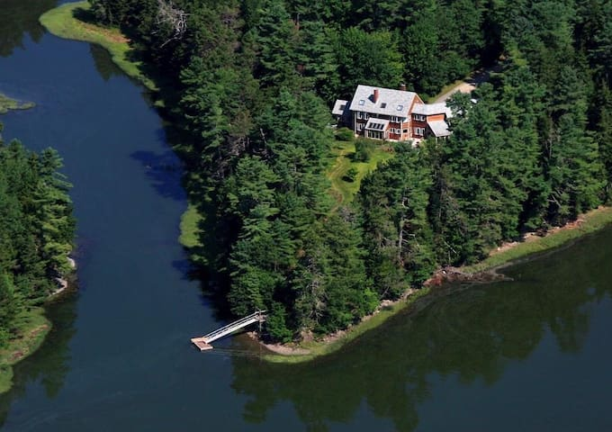 Private Waterfront Mansion in Maine