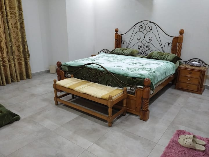 Guest Room near Lahore Airport