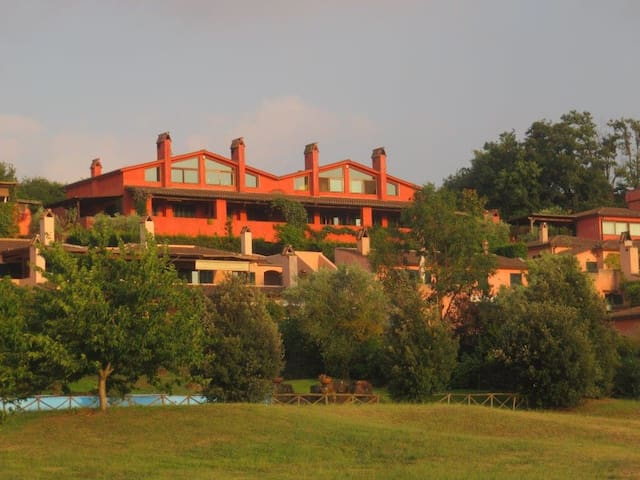 Panoramic villa near Golf Nazionale - Sutri - Townhouse