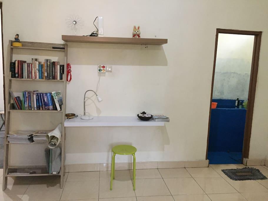 Writing desk & book shelf