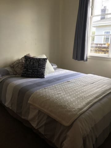 Quiet Room in City Centre - Palmerston North - Casa