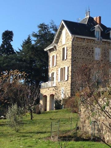 Big Family House in Ardèche - Saint-Félicien - Casa