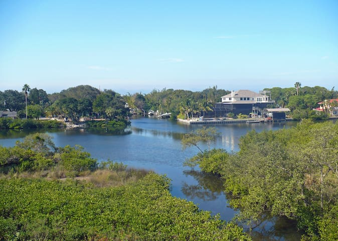 Waterfront Paradise - Palm Harbor - Townhouse