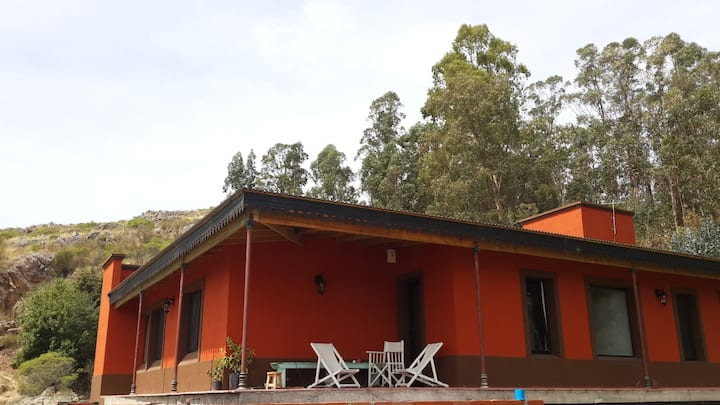 Casa en la sierra con hermosas vistas
