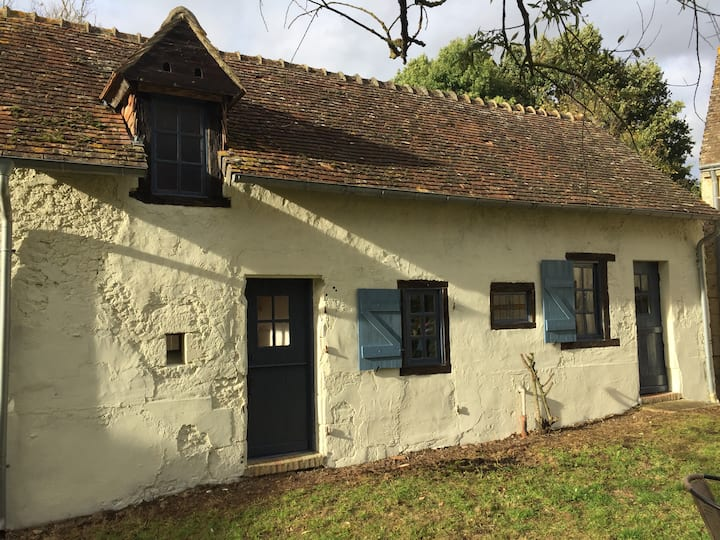 The Granary - Detached gite close to Le Mans