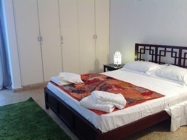 Qurum Beach House - Muscat - Apartment