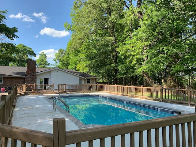 Private Pool Vacation Home Sleep 12 Houses For Rent In Atlanta