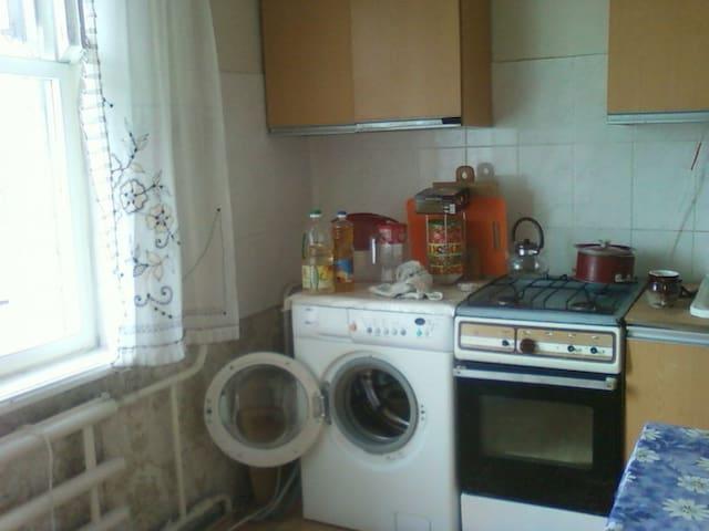 Сдам комнату в 2-х комнатной квартире - Uljanowsk - Apartament