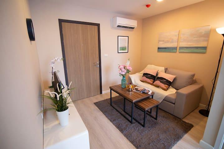 坐镇曼谷大学 简约风文艺的一室 度假的不赖之选 bkb131