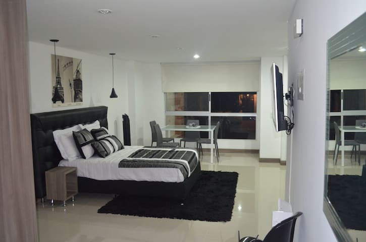 JACUZZI Private Loft Laureles ! - Medellín