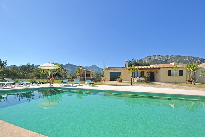 TABOU, country house for 6 people with private swimming pool
