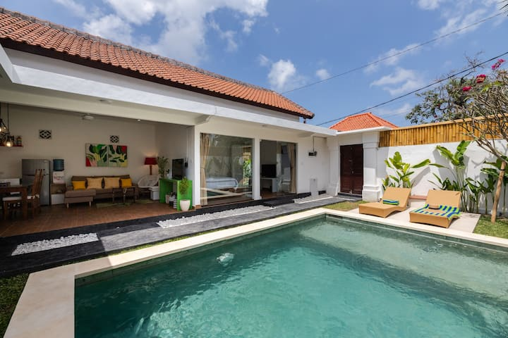 Seminyak New villa (Newly Built in 09/ 2019) ♪