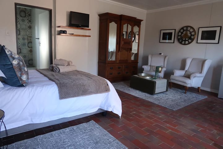 Imani Guest Cottage