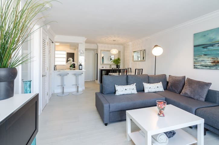 DISCOUNT Beautiful 1 Bdr Apt on Collins Ave