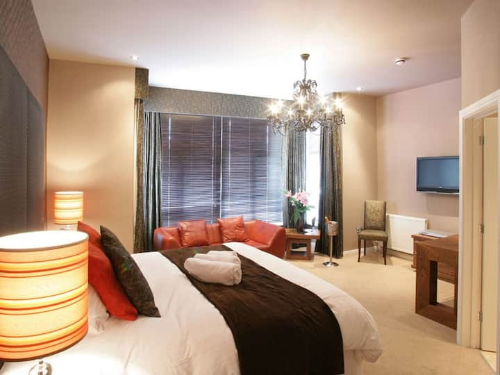 Stylish and spacious super king double room with all the conveniences you would expect from a Boutique Hotel.