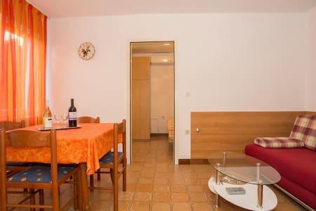 """1184"" Apartment for 4 people - LEFT - Pješčana Uvala"