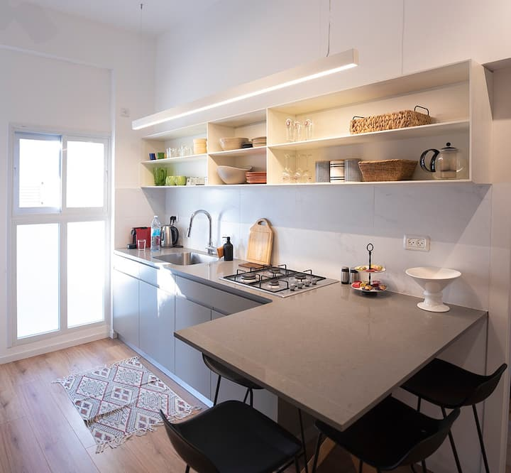 Newly renovated apartment in the heart of tel aviv