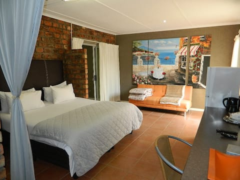 Room 6 @ Aub 668 Mariental