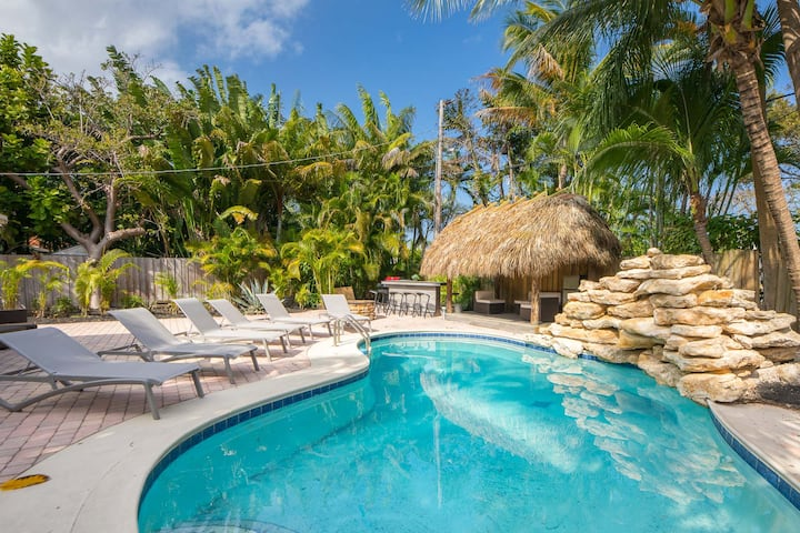 FABULOUS 5** VACATION POOL HOME 5 MINUTES TO BEACH