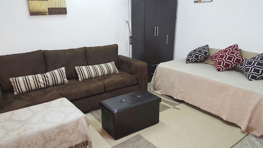 Habitación privada  cerca de todo / Private room - asunción  - Appartement
