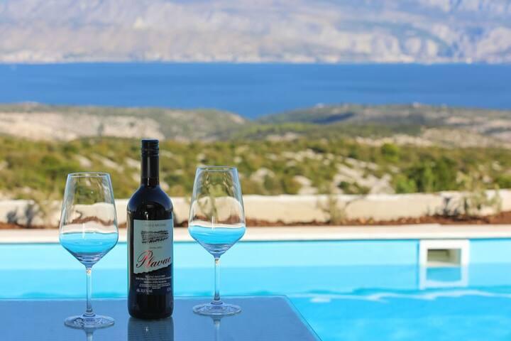 Luxurious Villa Sun with sea view