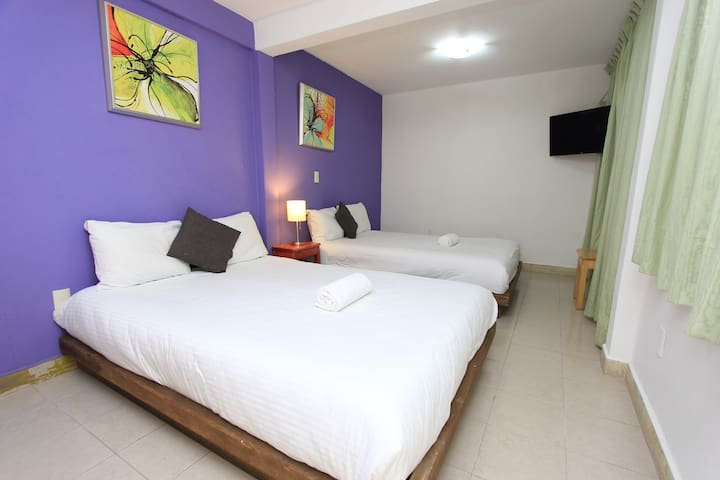 Dulce Luna hotel double bed room