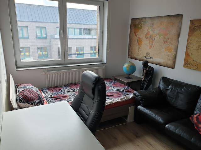 Gemütliches Zimmer mitten in Ehrenfeld
