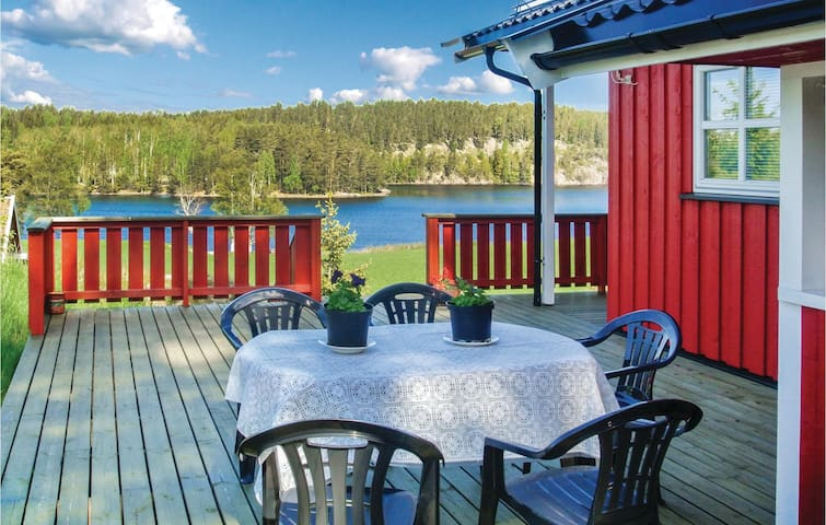 Holiday cottage with 3 bedrooms on 84m² in Hemnes