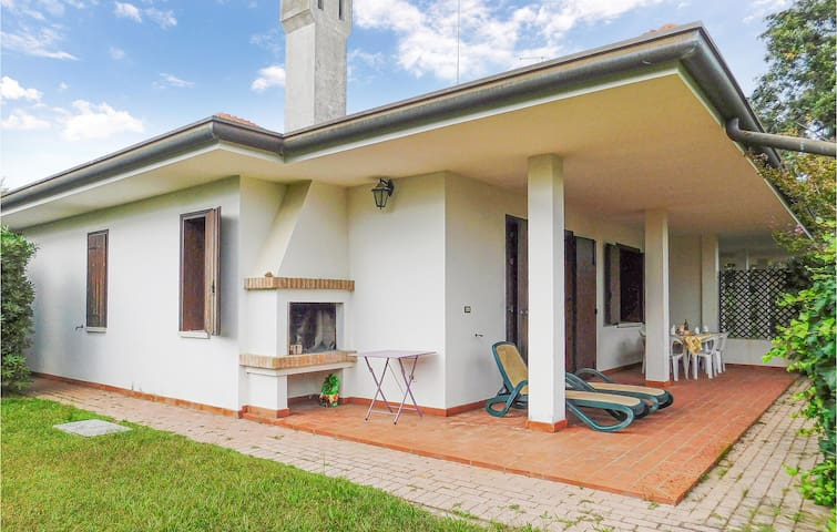 Semi-Detached with 3 bedrooms on 100m² in Isola Albarella
