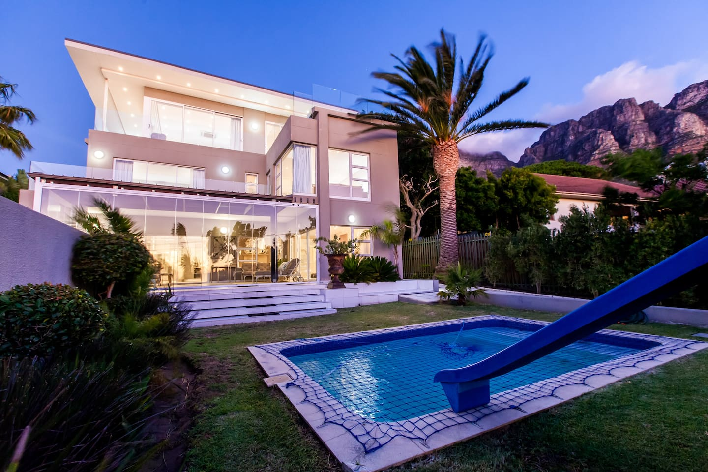 Camps Bay Luxury Villa Sea View Mountain View