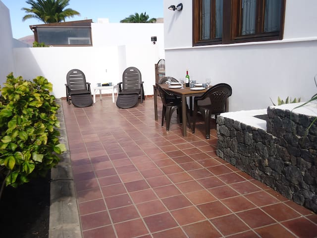 Playa Blanca Apartment, good location near Marina