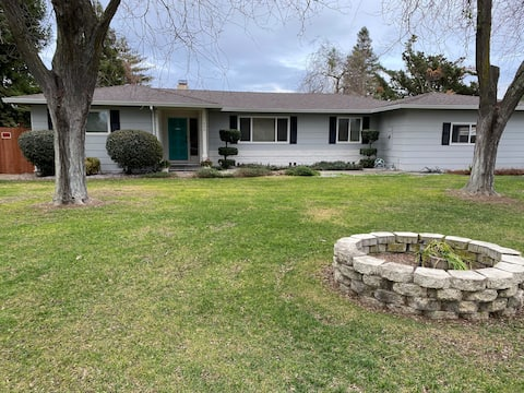 Country Home- South Yuba City