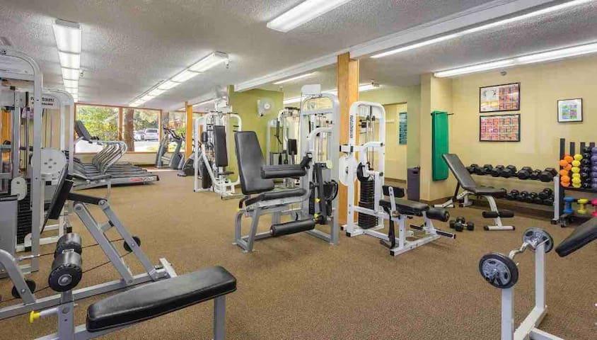 Country club workout room- steps from the townhouse