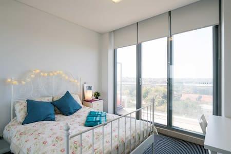 Sydney Rhodes Water View New Apartment - Rhodes - Wohnung