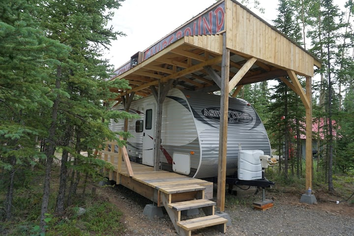 Alaskan Stoves RV Cabin: Aspen Row B-2