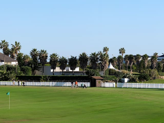 1 Línea CostaBallena playa y Golf en Torresalada 1